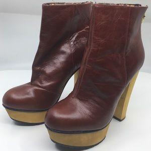 Betsy Johnson Maybill Cognac Heels Size 9